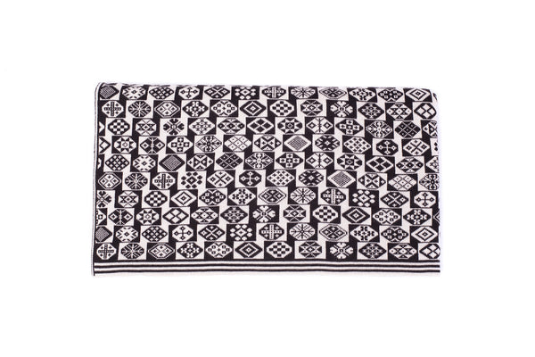 Family 8) - 2-Colour Throw with Undulating Motif Pattern - Throw F - BAKKA