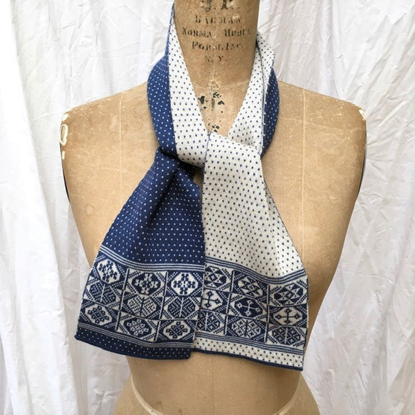 Design 4 - Mini 2-colour Scarf - BAKKA