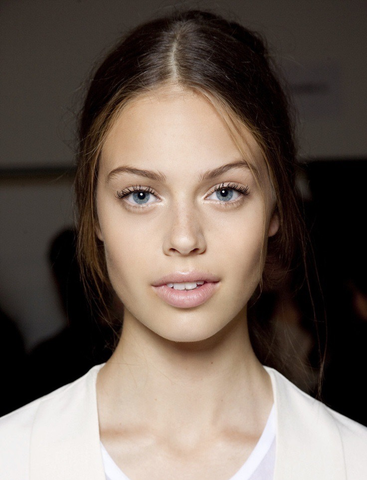 The Fresh Face Look You Should Try Before Summer S Over Nu Evolution Cosmetics