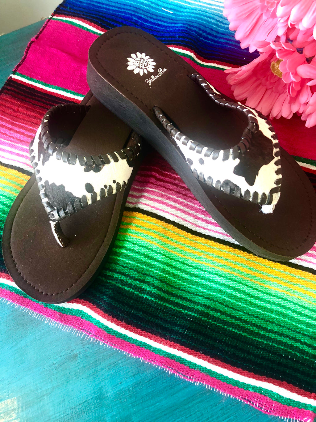 The Cowhide Fino Sandal
