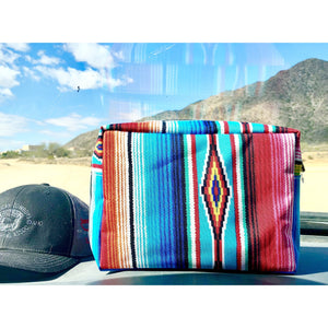 🌵Serape and Steerhead Make up Bags!