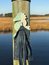 Load image into Gallery viewer, Sweet Wooden Seahorse Hook Decor - FruluWaterproofblanketwithsides