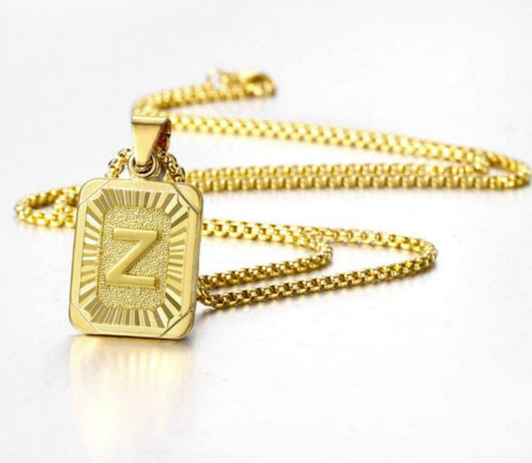 Gold Initial Pendant Necklaces