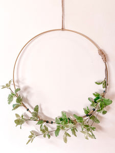 Dream in Gold Wreath - 14 inch
