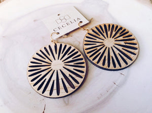 Cecilia Wood Earring, Daisy