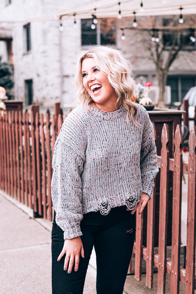 Throw Confetti Destroyed Sweater, Grey