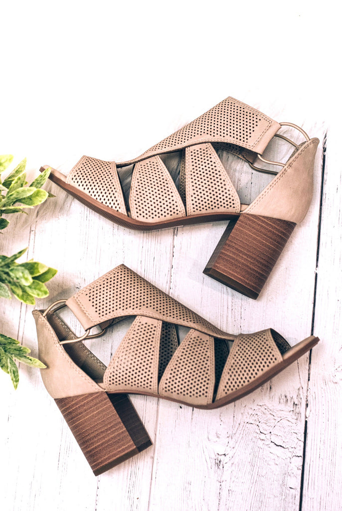 Roxie Plunge Sandal , Taupe