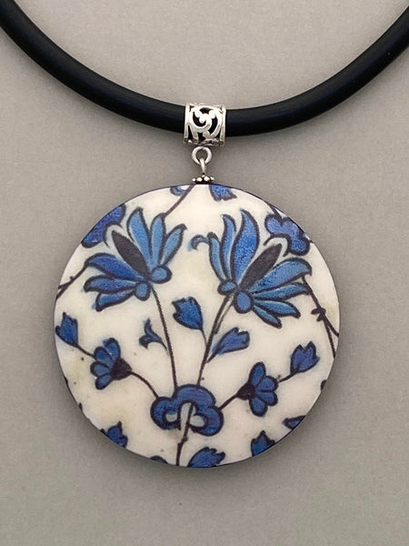Pendant Necklace: Vine Design