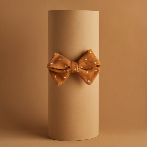 OCHRE DOTTY PIPER BOW