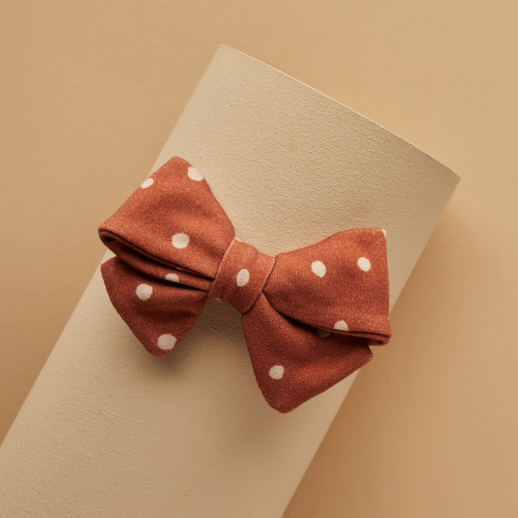 TERRACOTTA DOTTY PIPER BOW