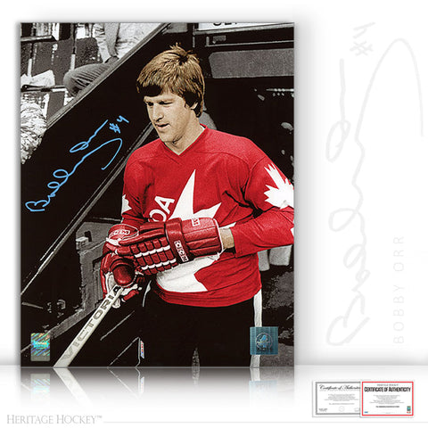 BOBBY ORR AUTOGRAPHED SIGNED 1976 CANADA CUP SPOTLIGHT 11X14 PHOTO - TEAM CANADA 1976