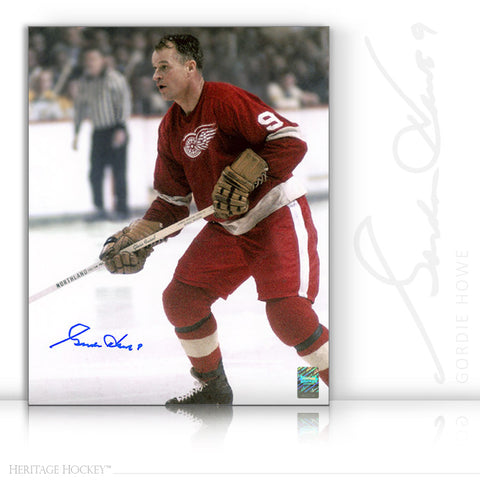 GORDIE HOWE AUTOGRAPHED SIGNED MR. HOCKEY ACTION 11X14 PHOTO - DETROIT RED WINGS