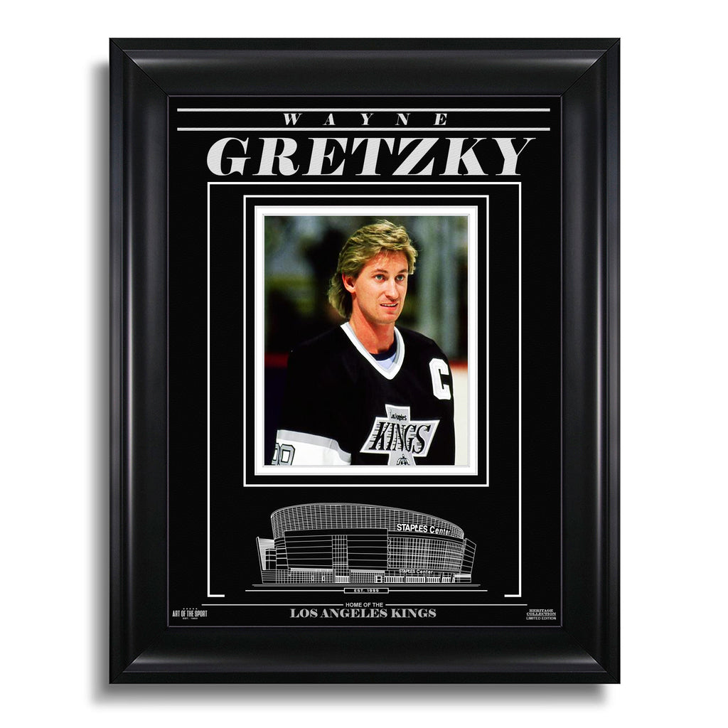 Wayne Gretzky Los Angeles Kings Engraved Framed Photo - Closeup