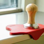 FLAT TAMPER WOODEN/S.STEEL TAMPER 58mm