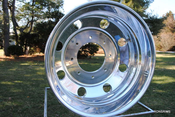 19.5x6 ALCOA Rear - Ford F450 or F550 - Polished 8 on 225mm - rons-rims-inc
