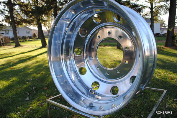19.5x7.5 ACCURIDE Medium Duty Hub Pilot Semi-Polished Truck Wheel 10 on 285.75mm - rons-rims-inc