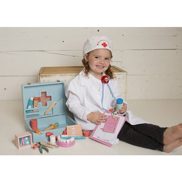 wooden doctor kit - Pink and Brown Boutique