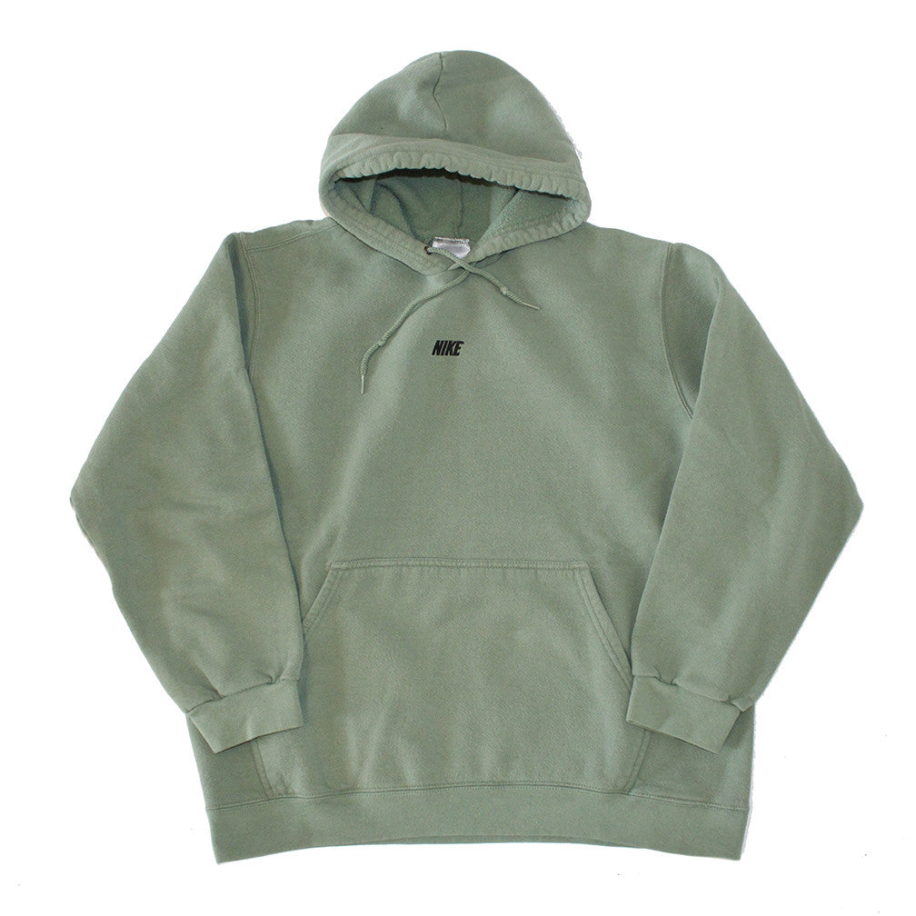 Nike Sage Embroidered Pullover (L)
