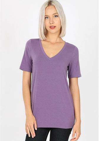 V-Neck Basic Tee in Dusty Lilac