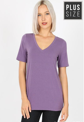 Plus Size V-Neck Basic Tee in Dusty Lilac