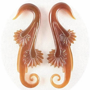 Gauges | Willow Blossom, 2 gauge, amber horn.