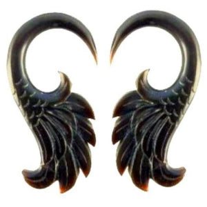 Gauges | Wings. 4 gauge, Horn.