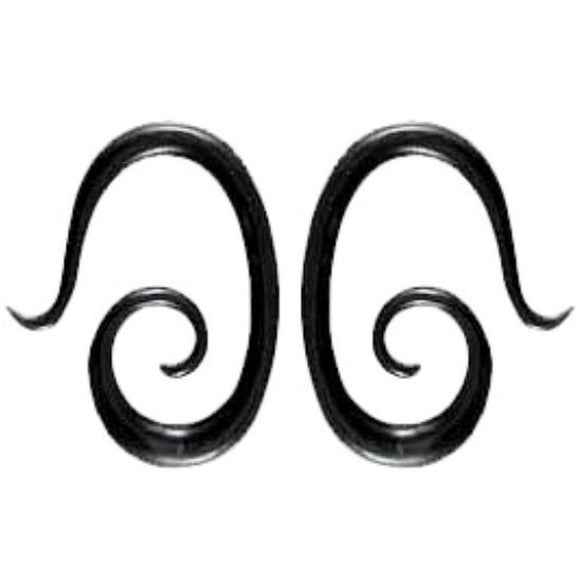 Drop Spiral, 6 Gauges, black horn. Organic Body Jewelry