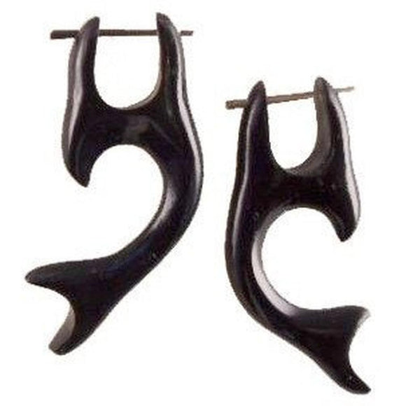 Talon Earrings | Whale Tail, black. Horn Earrings.
