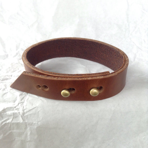 Leather Jewelry | Oiled deerskin and caramel leather adjustable bracelet / anklet.