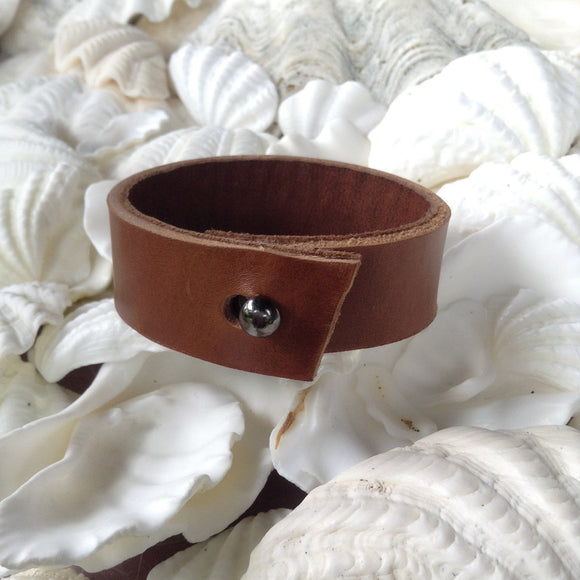 Leather Tribal Jewelry | Classic Kidskin lined Caramel leather bracelet. small.
