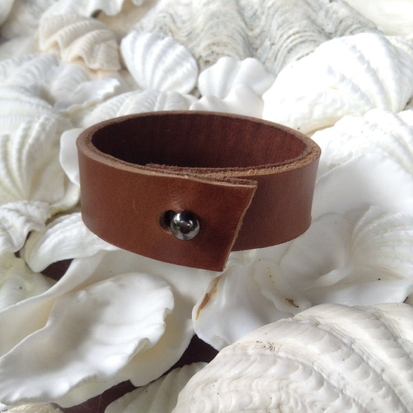 Leather Jewelry | Classic Kidskin lined Caramel leather bracelet. small.