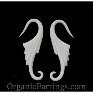 Gauges | Neuvo Wings, 10 gauge bone.