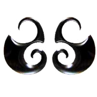 Organic Body Jewelry | Borneo Curve. Horn 10g, Organic Body Jewelry.