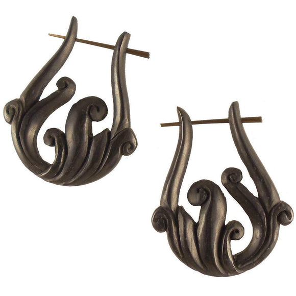 Natural Jewelry | Spring Vine, Black. Wooden Earrings. Natural.