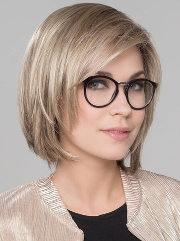 It is a textured and luscious bob that has just the right length to flatter any face shape