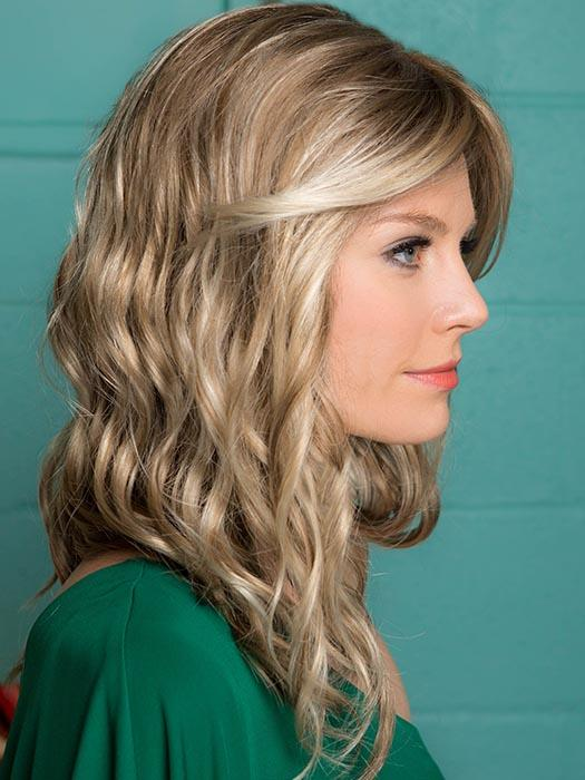Soft wavy layers that embody the touch of warm breezes