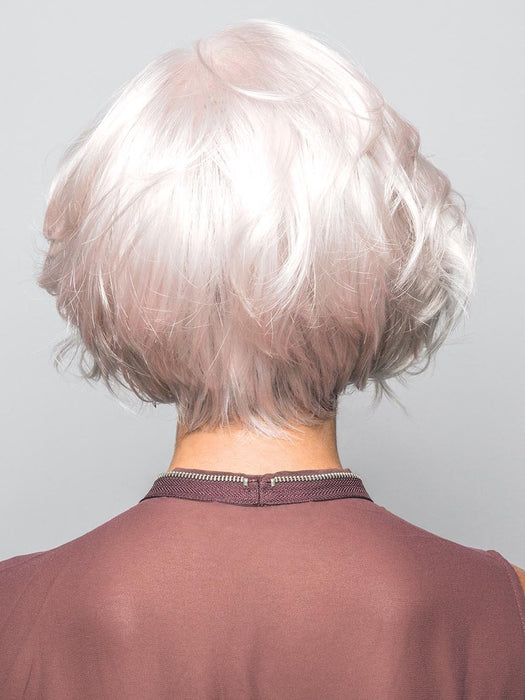 Beautiful nape line, that is sure to turn heads