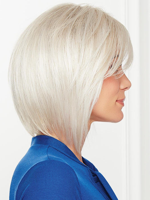 Tousled, tapered layers throughout to create the perfect undone look while longer pieces in the front flatter the face