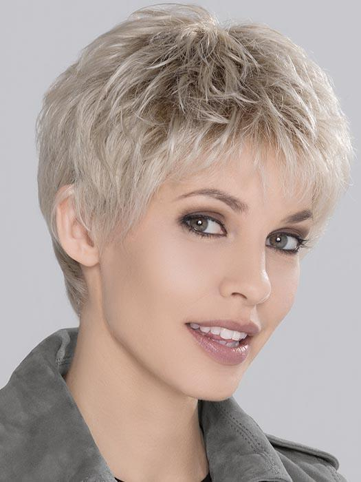 Ellen Wille's Run Mono Wig is a sharp, sophisticated and without a doubt a power style. With a Full Mono top and an extended lace front, to give you the most natural look.