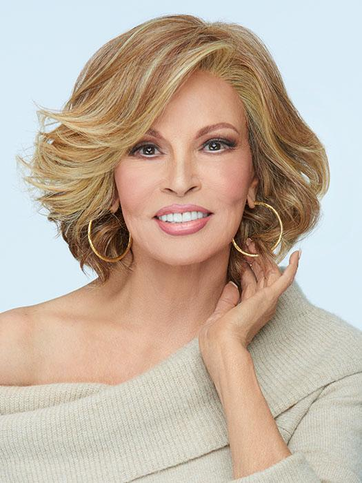 FLIRT ALERT by RAQUEL WELCH in RL29/25 GOLDEN RUSSET | Ginger Blonde Evenly Blended with Medium Golden Blonde