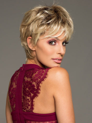 CRUSHING ON CASUAL by RAQUEL WELCH in SS14/88 SHADED GOLDEN WHEAT | Dark Blonde Evenly Blended with Pale Blonde Highlights and Dark Roots