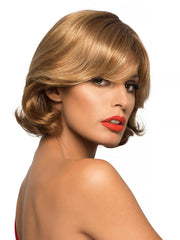 Long, face-framing layers in a wavy, chin-length bob make Lacey the envy of all she meets.