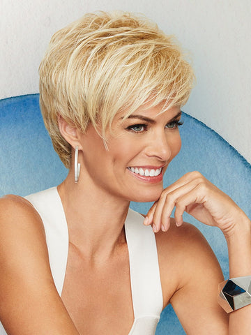 A classic cut with smooth layers on the top and sides that blend with barely waved layers in the back.