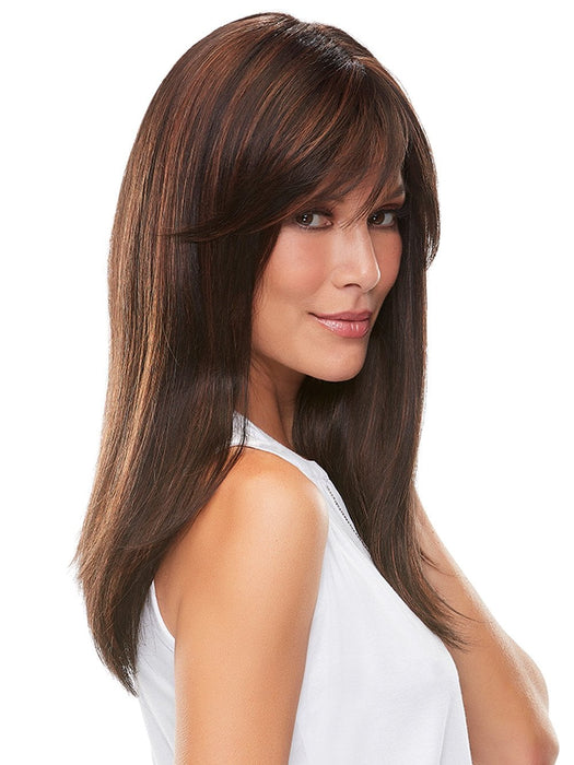 The ready-to-wear long synthetic wig looks and feels like natural hair