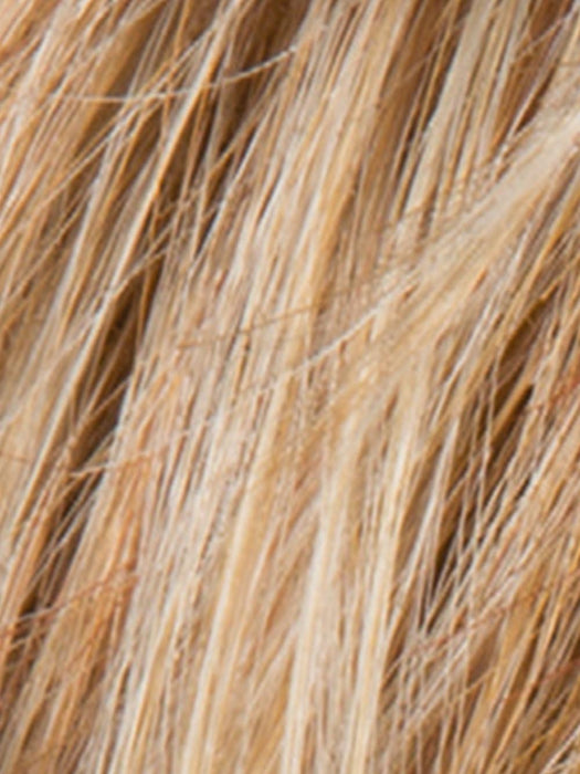 GINGER BLONDE ROOTED | Light Honey Blonde, Light Auburn, and Medium Honey Blonde Blend with Dark Roots