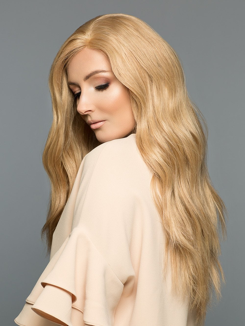 Amber by Wig Pro in 18/22 | Light Ash Blonde blended w/ Beige Blonde