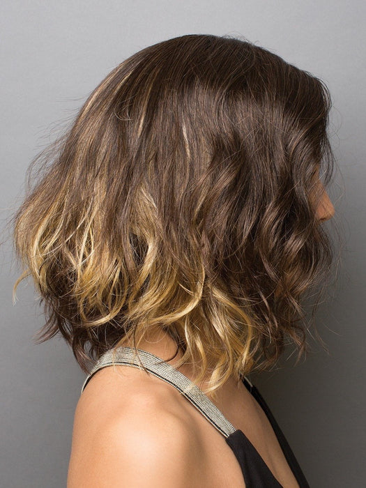 Soft angled waved bob