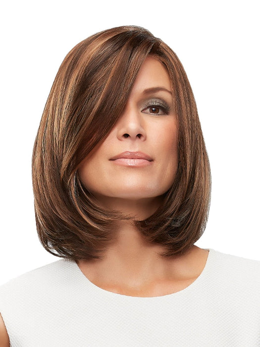 The Cameron Petite Wig by Jon Renau is a lengthy bob with layered ends that create shape and movement