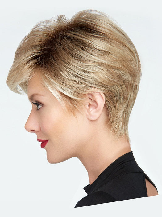 A gently sculpted and textured nape adds to the sophisticated look of this style
