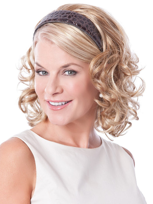 HEADBAND FALL CURLS by Toni Brattin in 931 MEDIUM BLONDE | Golden blonde with lighter blonde highlights